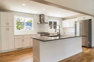 Long Beach NY Single Family Home For Sale: $949,000