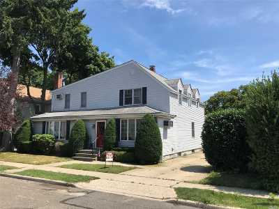Williston Park Single Family Home For Sale: 131 Shields Ave