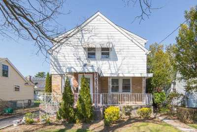 East Meadow Single Family Home For Sale: 2515 Lancaster St