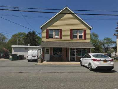 Huntington Single Family Home For Sale: 275 E 17th St