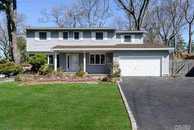 East Norwich Single Family Home For Sale: 264 Peachtree Dr