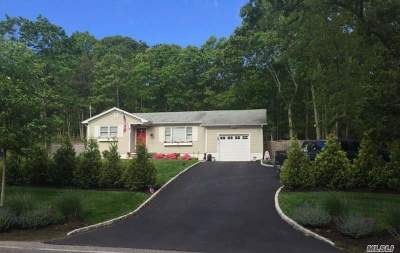 Sag Harbor Single Family Home For Sale: 51 Stoney Hill Rd