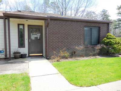 Coram Rental For Rent: 380 Clubhouse Ct