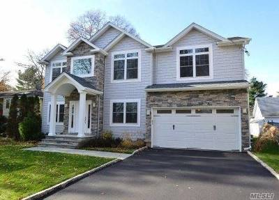 Syosset Single Family Home For Sale: 11 North St