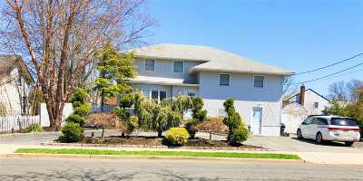 Bellmore Single Family Home For Sale: 2451 Saint Marks Ave