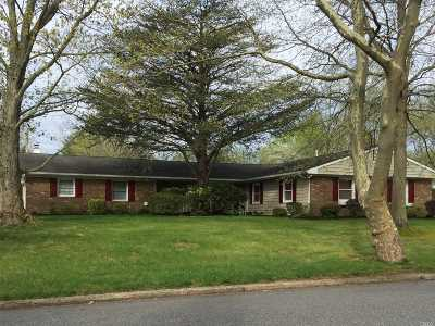 Stony Brook Single Family Home For Sale: 36 Manchester Ln