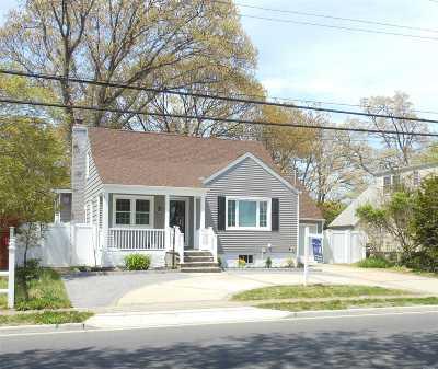 Oceanside Single Family Home For Sale: 501 Waukena Ave
