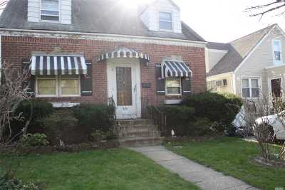 Bayside Single Family Home For Sale: 35-38 208th St