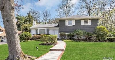 Huntington Single Family Home For Sale: 15 Copperdale Ln