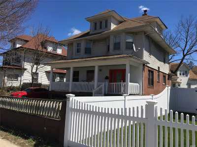 Freeport Single Family Home For Sale: 142 Broadway