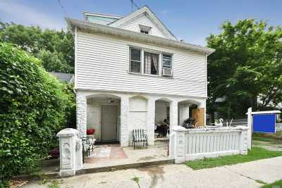 Port Washington Single Family Home For Sale: 9 Charles Ave