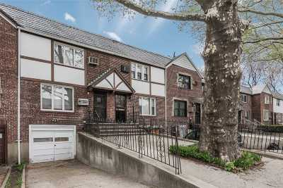 Jackson Heights Single Family Home For Sale: 31-46 70 St