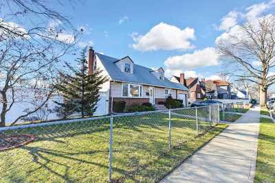 N. Baldwin NY Single Family Home For Sale: $425,000