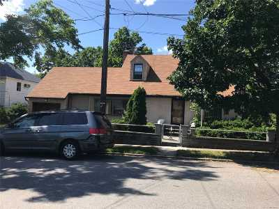 Whitestone NY Single Family Home For Sale: $988,000