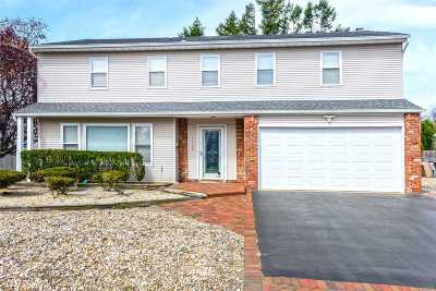 Bellmore Single Family Home For Sale: 3026 Judith Dr