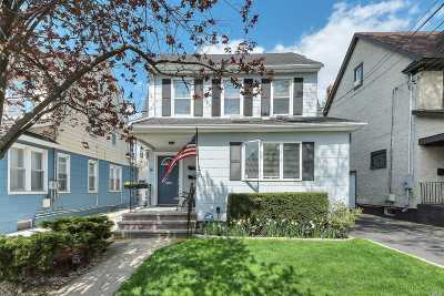 Lynbrook Multi Family Home For Sale: 16 Starks Pl