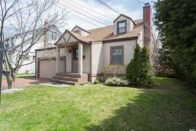 Bayside Single Family Home For Sale: 29-37 211 St