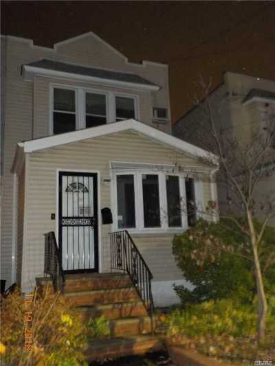 Glendale Single Family Home For Sale: 69-04 69th St