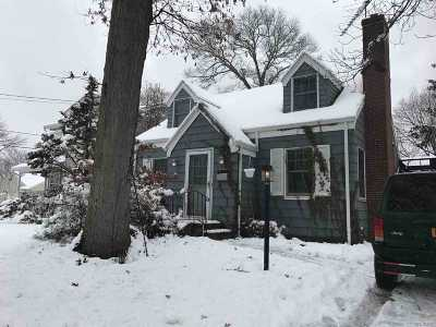 Babylon Single Family Home For Sale: 141 Livingston Ave