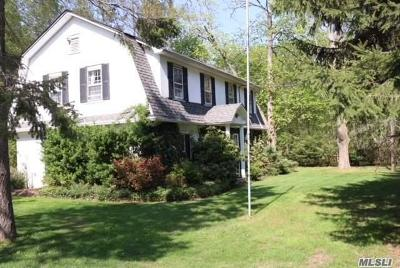 Syosset Single Family Home For Sale: 106 Muttontown Eastw