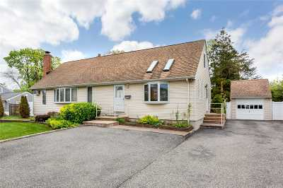 W. Babylon Single Family Home For Sale: 310 Throop St