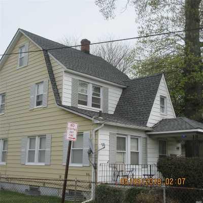 Hicksville Multi Family Home For Sale: 49 Harding Ave