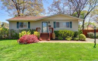 Islip Single Family Home For Sale: 21 Taft Ave