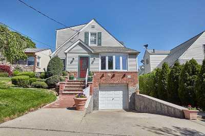 Whitestone NY Single Family Home For Sale: $1,088,888