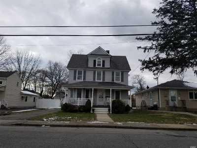 Oceanside Multi Family Home For Sale: 2658 Woods Ave