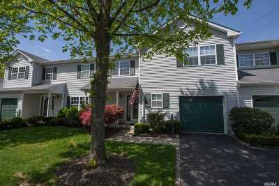 Smithtown Condo/Townhouse For Sale: 5 Monitor Rd