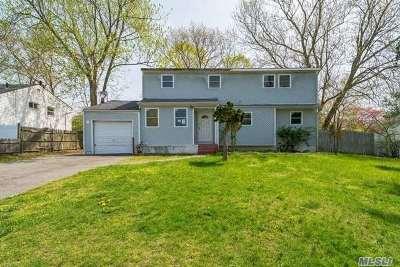Pt.jefferson Sta Single Family Home For Sale: 32 Huron St