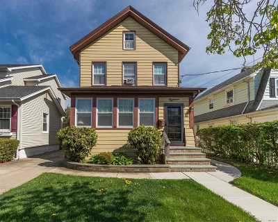 Rockville Centre Single Family Home For Sale: 18 Ormond St