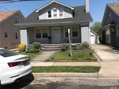 Hewlett Single Family Home For Sale: 1614 Hewlett Ave