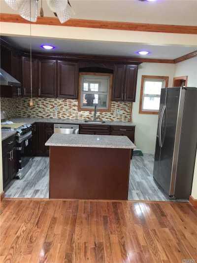 Whitestone NY Single Family Home For Sale: $999,995