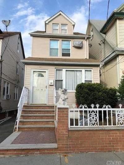 Ozone Park Single Family Home For Sale: 105-15 86 St