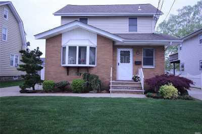 Oceanside Single Family Home For Sale: 2722 Harrison Ave