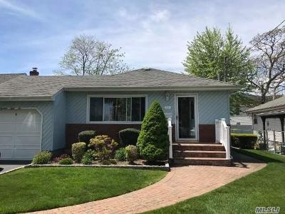 N. Bellmore Single Family Home For Sale: 1356 Oneida Ave