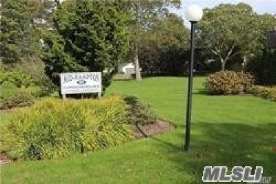 Hampton Bays Condo/Townhouse For Sale: 95 Springville Rd #20