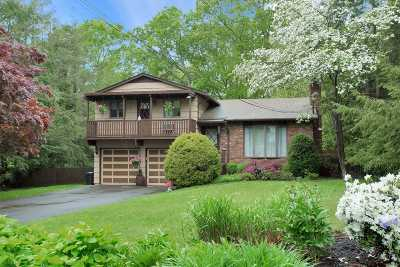 Smithtown Single Family Home For Sale: 58 Bayberry Ln