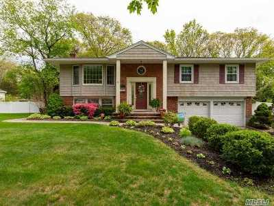 Smithtown Single Family Home For Sale: 44 Mark Dr