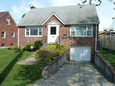 Whitestone NY Single Family Home For Sale: $959,000