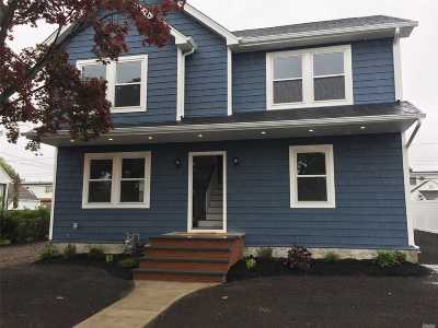 East Meadow Single Family Home For Sale: 2382 Jefferson St