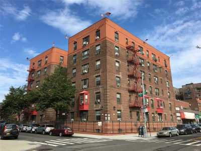 Sunnyside Condo/Townhouse For Sale: 47-55 39th Pl #D