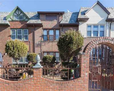 Jackson Heights Single Family Home For Sale: 31-17 78th St
