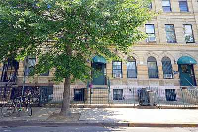 Brooklyn Condo/Townhouse For Sale: 81 Stuyvesant Ave