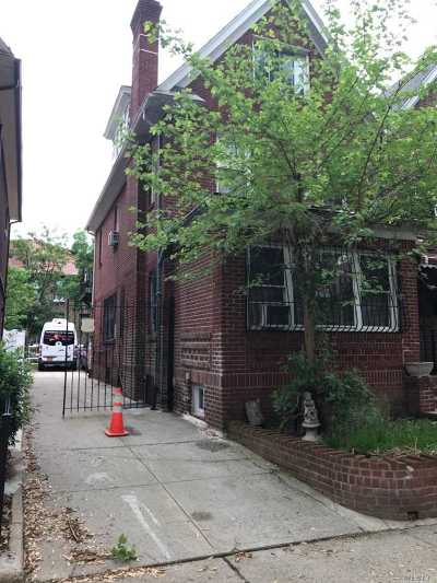Jackson Heights Multi Family Home For Sale: 34-17 88th St