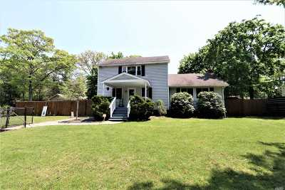 Single Family Home Sold: 38 Dawn Rd