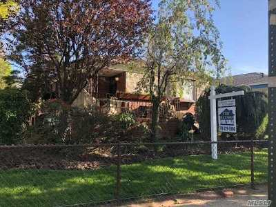 Whitestone NY Single Family Home For Sale: $985,000