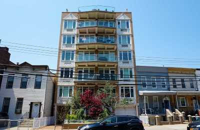 Astoria Condo/Townhouse For Sale: 30-94 Crescent St #5A
