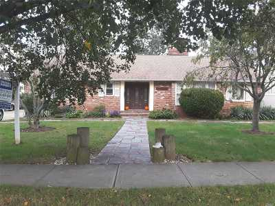 Baldwin Single Family Home For Sale: 3123 Eastern Pky